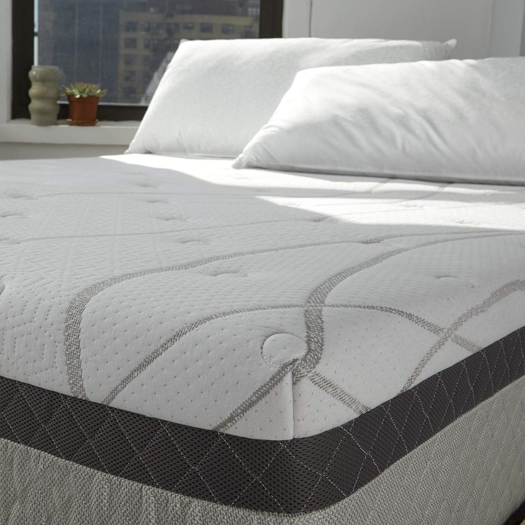 6. Queen foam mattress by Sleep Innovations Skylar: