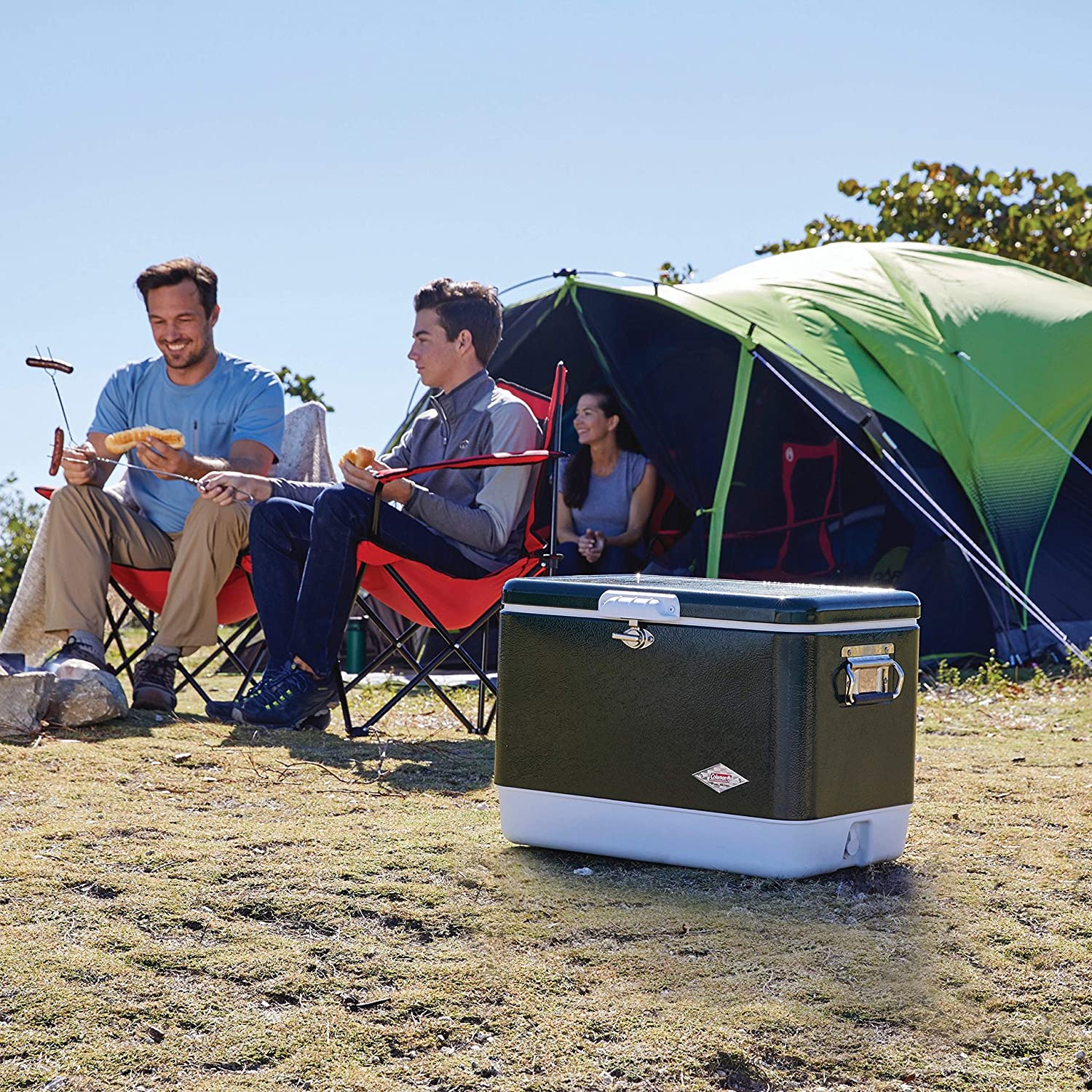 1. Coleman cooler for camping, BBQs and outdoor activities: